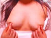 乳首で何度もアクメ可能な巨乳のお姉さんが降臨!コリコリ乳首を弄りながら3〜4回ほどチャット相手の前で乳首イキ!