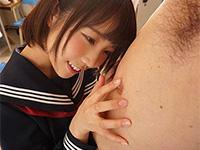 オヤジの乳首にウットリとする戸田真琴