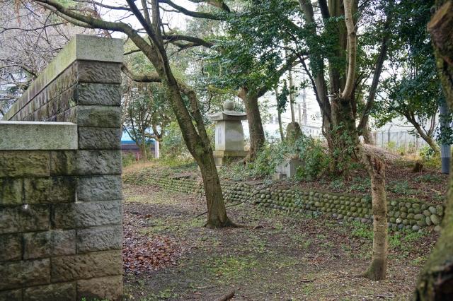 忠霊塔の後ろ 石碑 福岡県久留米市 史跡