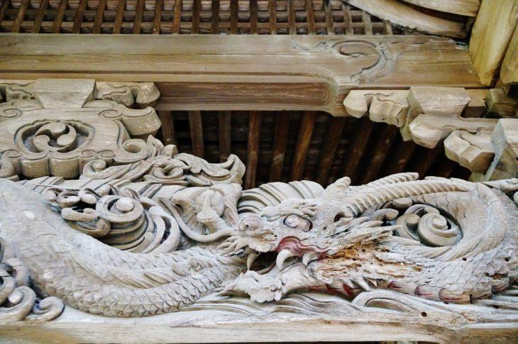 みやま市瀬高町大江 若宮神社 虹梁の彫刻 龍