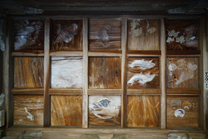 福岡県八女市忠見261-1 正八幡宮 髄神門の天井絵 植物 魚