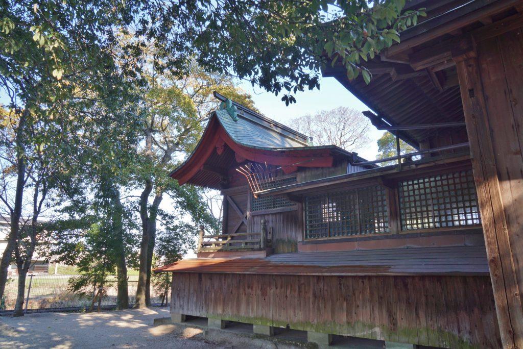 福岡県柳川市三橋町藤426-3 風浪神社 神殿の外部 ちくごさるき