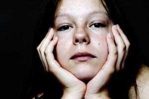 teen girl discouraged