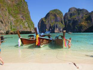 Maya Bay Phi Phi Leh