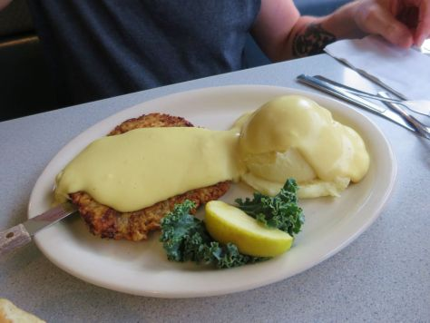 chicken fried steak The Beehive diner Montesano WA