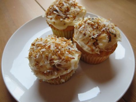 Pineapple cupcakes with spicy coconut topping