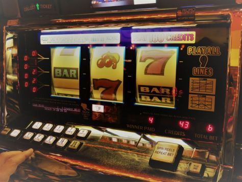 Vintage slVintage slot machines at The D Casino, downtown Las Vegas