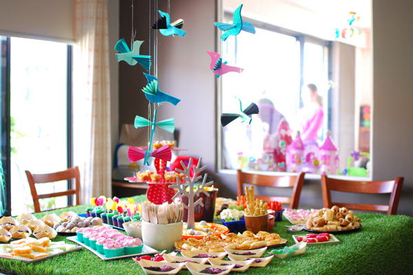 How To Throw A Fabulous Garden Themed Birthday Party 20 Fun