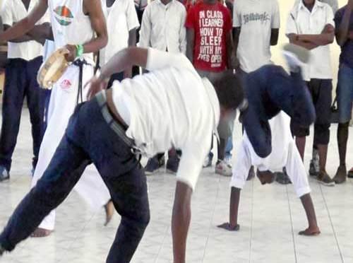 De la capoeira pour l'éducation à la paix