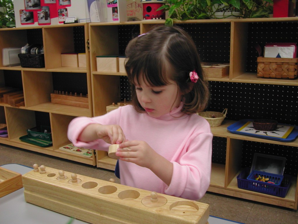 Five Benefits of Montessori Education