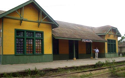 María Inés Córdova Lange: Homenaje Póstumo a una Pasajera de la Inauguración del Ferrocarril de San Fernando a Pichilemu