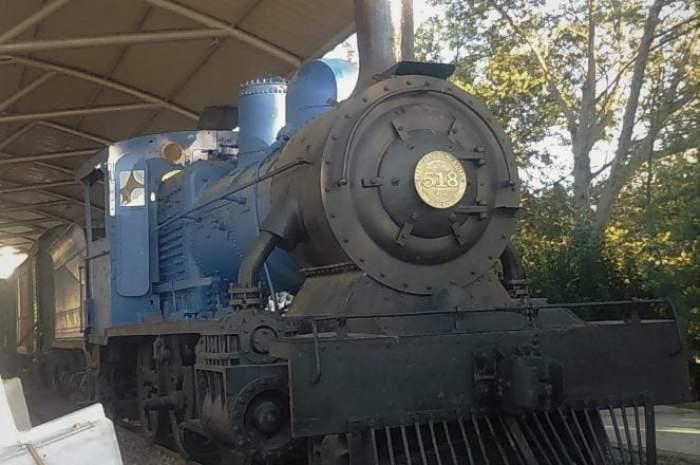 El silbato de la locomotora tipo 57 N° 518: la negra del Viejito del Acordeón