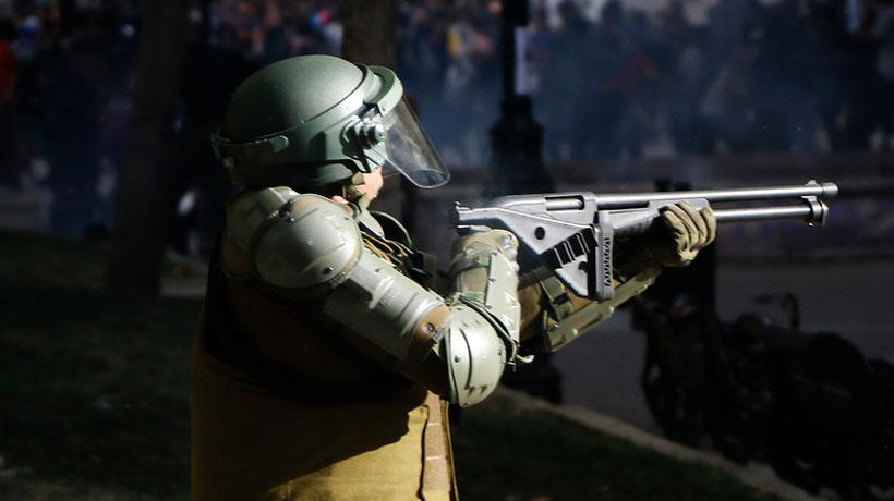 General director dijo que Carabineros no ha cometido errores en las dos semanas de manifestaciones