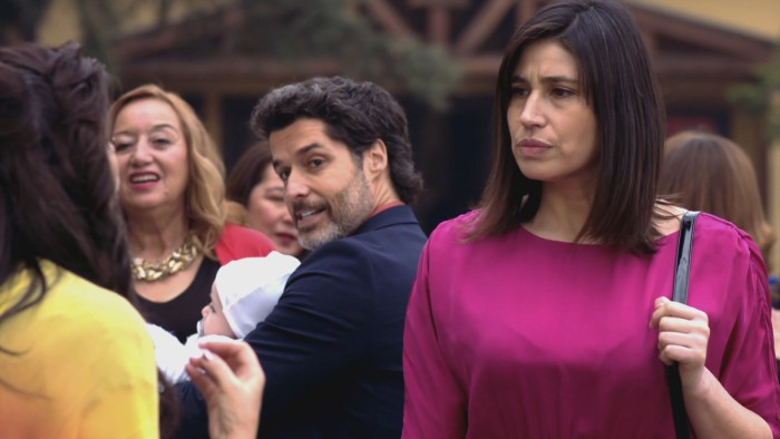 Actriz María Paz Grandjean recibió impacto de balín en el rostro en medio de manifestaciones