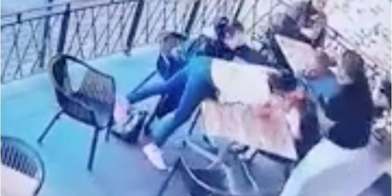 Dueño de pizzería se transforma en HÉROE al impedir SECUESTRO de niña de 4 AÑOS con osada maniobra