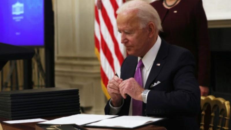 Joe Biden decreta CUARENTENA OBLIGATORIA para viajeros que ingresen a EEUU