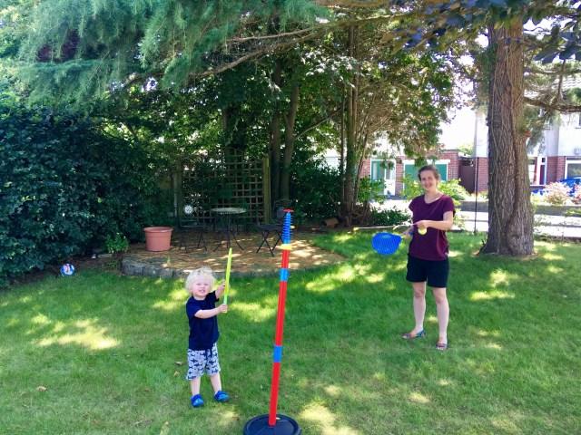 Garden fun tj Hughes swing ball reflex football