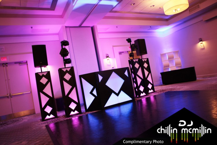 DJ Chillin McMillin black booth new hampshire wedding DJ