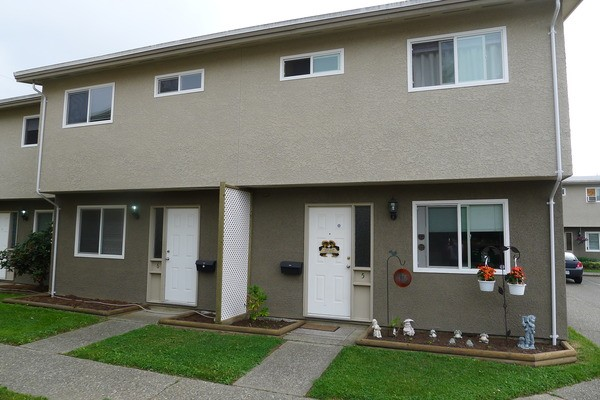 3 Bedroom Townhome  Chilliwack Apartments for Rent in Chilliwack BC