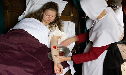 Top 10 Terrifying Old Medical Practices