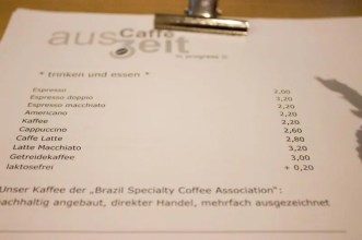 Blick auf die Karte: Kaffee