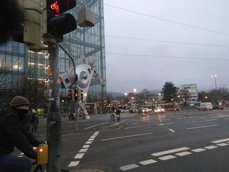 Pferdeartiges Kunstwerk an der Print Media Akademie am Hauptbahnhof.