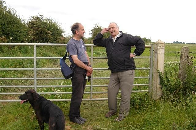 Peter Liesching and Clive Lewis-Hopkins. 2011 We look like a couple of old farmers chatting about the crops!