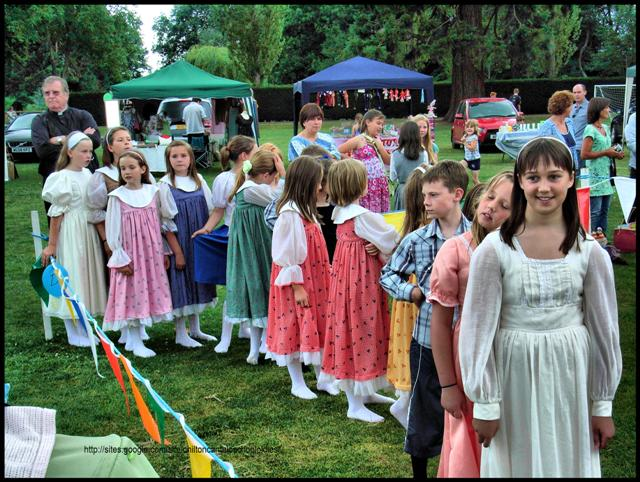 Queueing for the Maypole Dance – Chilton Cantelo Fete 2010