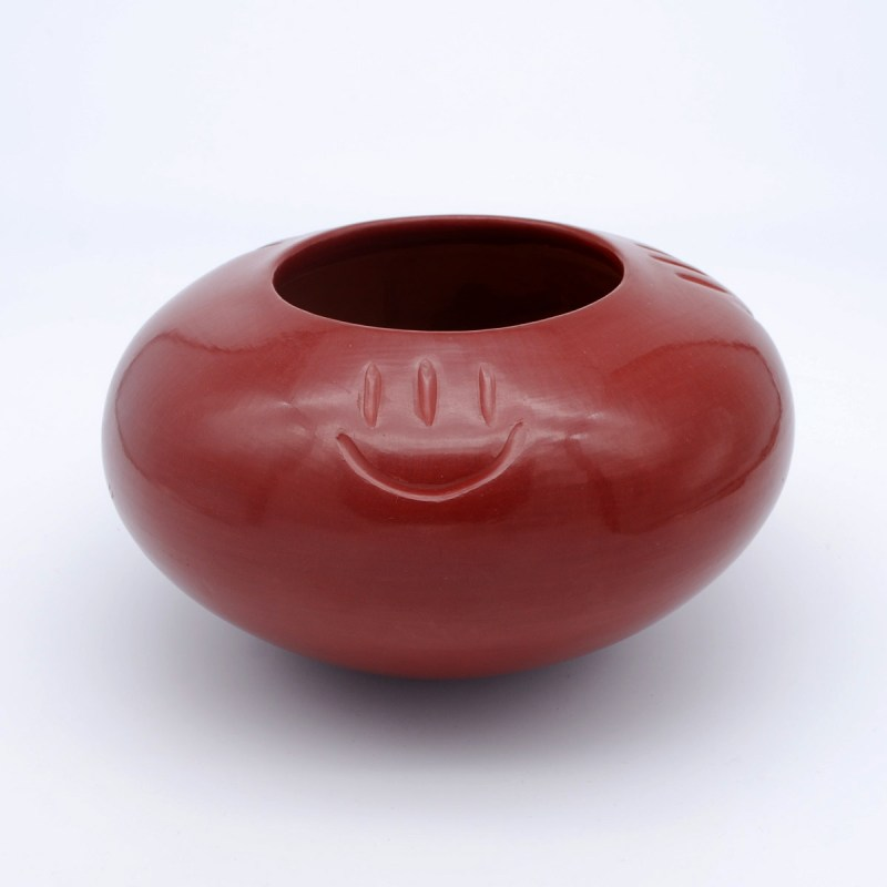 Virginia Garcia-Santa Clara Pueblo-Red Pot with Bear Paw-Chimayo Trading del Norte