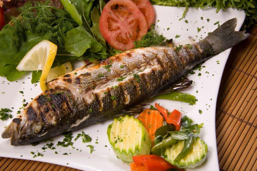 Este verano prueba  Barbacoa de pescado  Chimeneas MDV