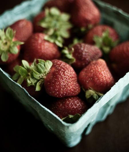 090602_strawberries