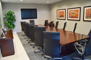 Chimniak Court Reporters meeting room at City Gate in Naperville, IL