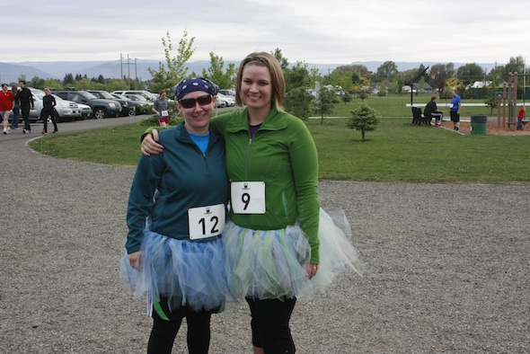 Lisa and Jessica in tutus