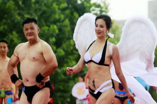 009Mai-troppo-tardi-per-indossare-bikini