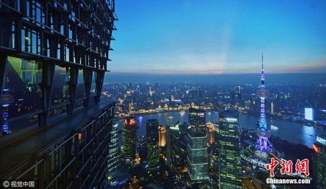 03Camminata-tra-nuvole-Shanghai