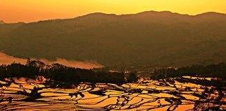 Hani-Village-of-Qingkou-in-Yuanyang
