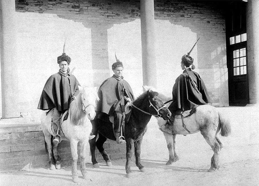 Italian-soldiers-in-Tianjin
