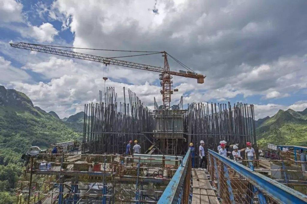 Pingtang Bridge under construction