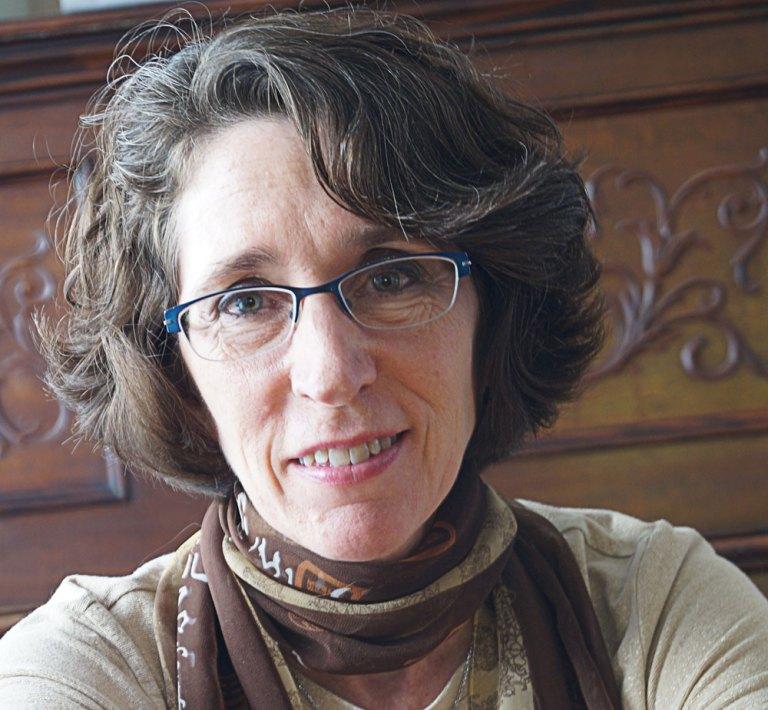 Laurie Dennis