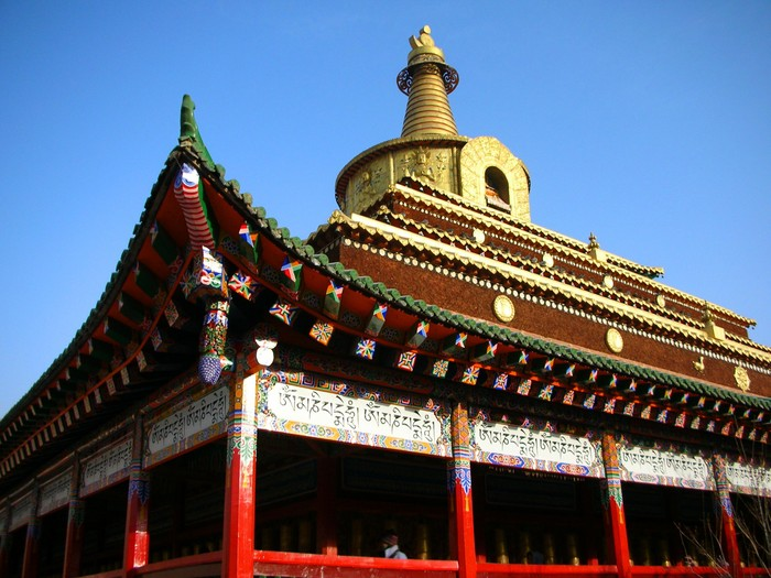 A close-up of one of Labrang's most beautiful temples.