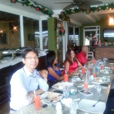 拉美侨声全体工作人员共庆聖诞午歺会