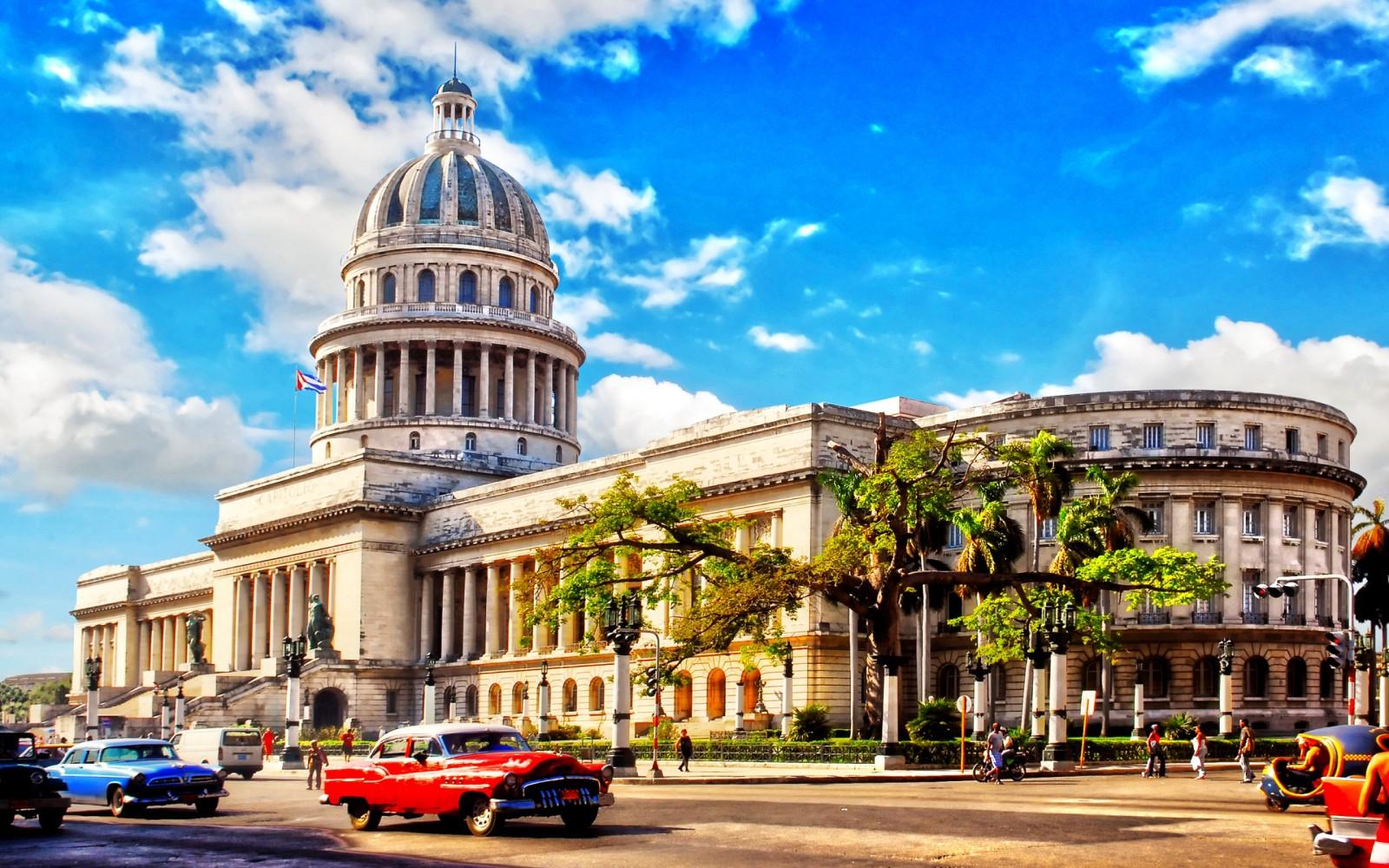美媒:古巴开放旅游业 吸引大量中国游客前往