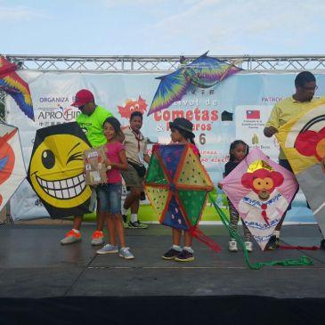 巴拿马第十六届风筝节圆满结束- XVI Festival de Cometas y Panderos