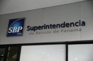 巴拿马银行监管局对委内瑞拉Banesco事件发表声明澄清谣言