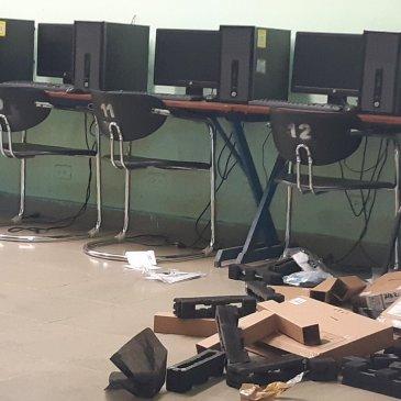 巴拿马艺术学校本周四遭到破坏和盗窃