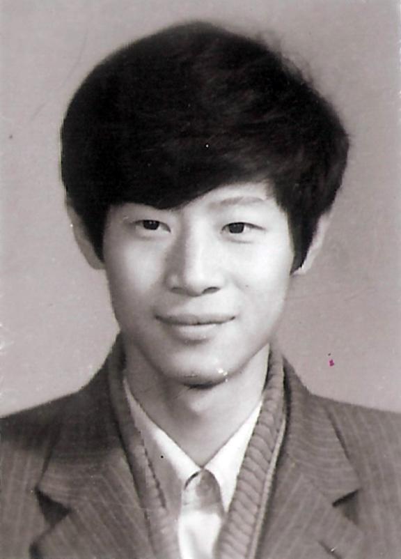 吴建民摄于1989年