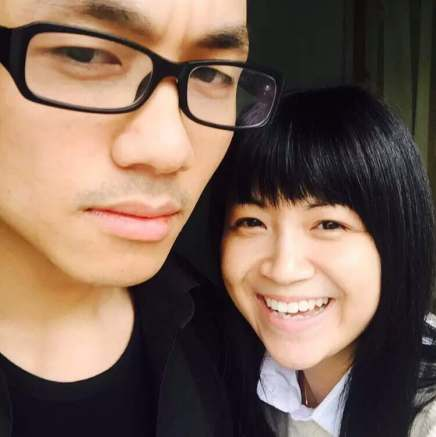 zhen jianghua with sister