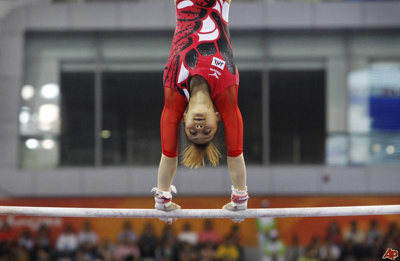 china-asian-games-gymnastics-2010-11-14-9-0-37[1]