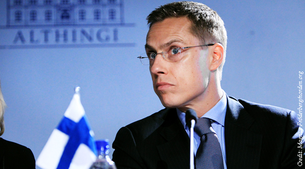 Finlands_utrikesministrar_Alexander_Stubb_vi_presskonferensen_efter_det_nordiska_utrikesministermotet_vid_Nordiska_Radets_session_i_Reykjavik_pa_Island_2010-11-03_(1) copy