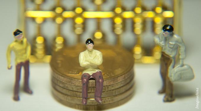 money regulator figures